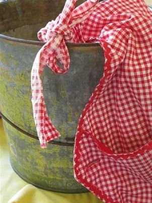 Pretty aprons for women and the memories they hold